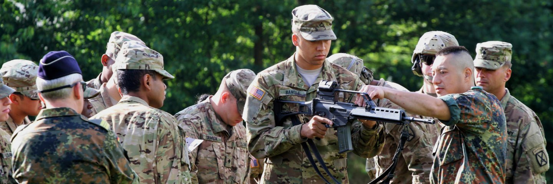 Einweisung in die Waffe G36 beim gem. Schießen mit der US Army 2017