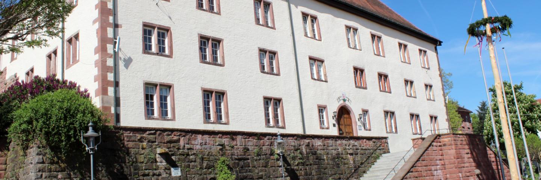 Das Walldürner Schloss, in dem die Verwaltung der Stadt Walldürn untergebracht ist.
