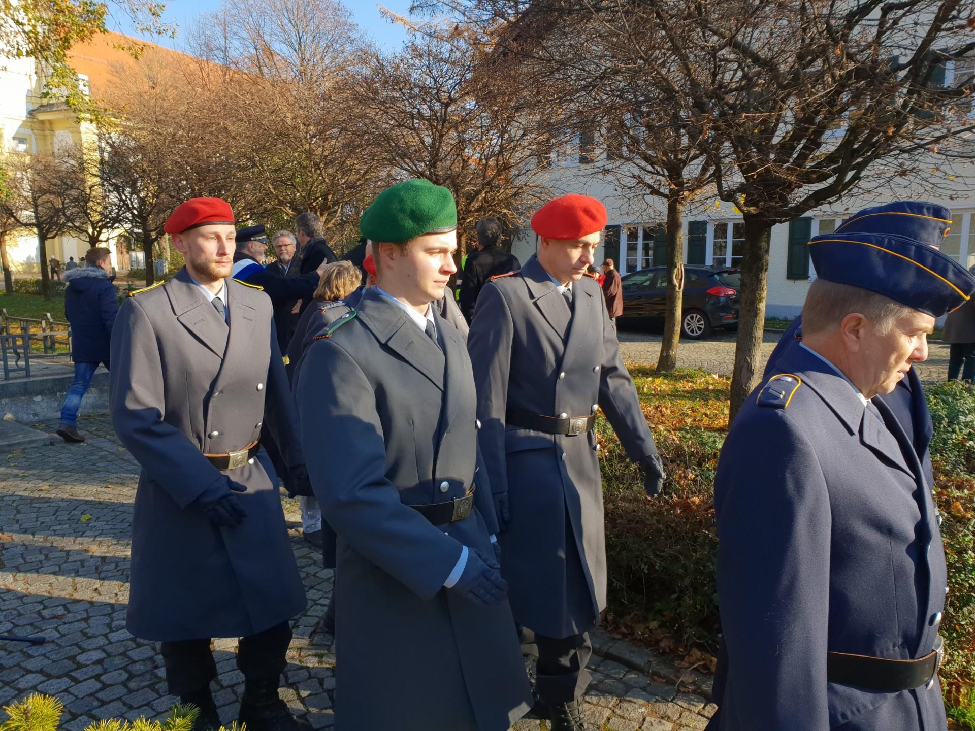Bundeswehr Reservisten Anzahl